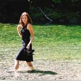 elaine squre green water walk